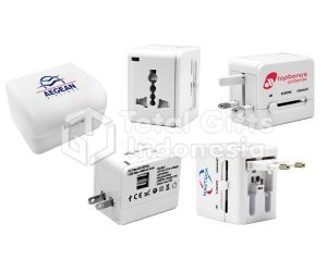 Travel Adapter 04